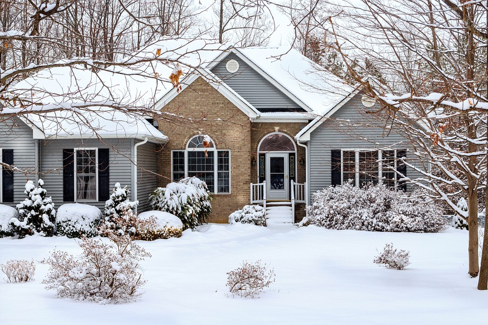 Budget Friendly Ways to Prepare your Home for the Winter Months